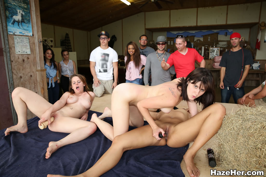 naked men college games