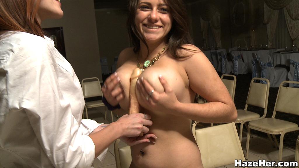 Girl fucks at interview